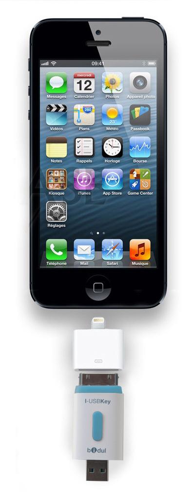 iphone-5-adaptateur.jpg
