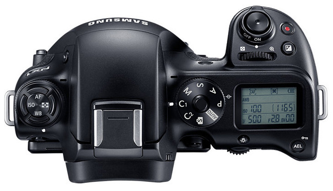 NX1-06.jpg