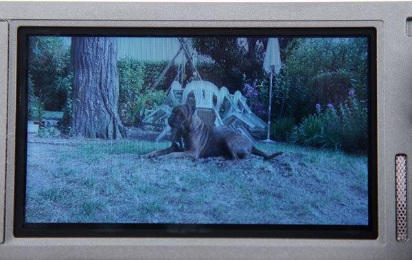 Sony_HDR-TD10_ecran_1.jpg