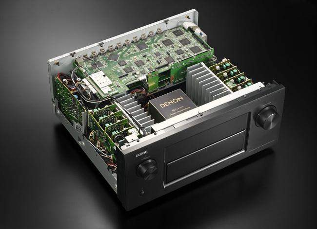 Denon-AVR-X7200W-01.jpg