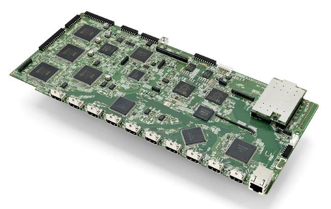 Denon-AVR-X7200W-02.jpg