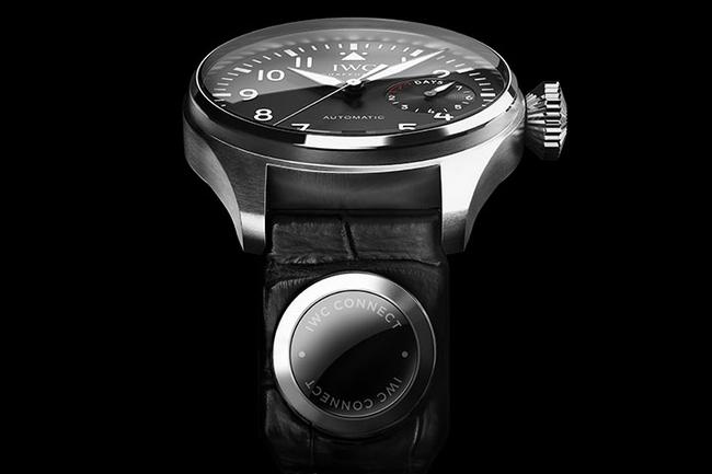 un bracelet connect pour une montre de luxe ere num rique. Black Bedroom Furniture Sets. Home Design Ideas