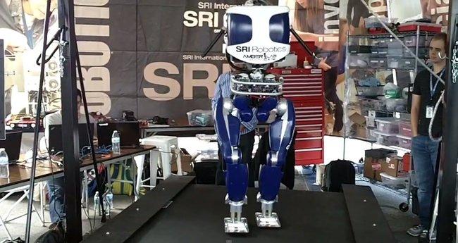 News EreNum [DURUS, le nouveau robot marcheur de la DARPA].jpeg