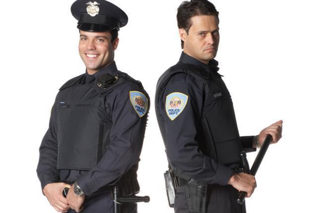 good-cop-bad-cop-myth.jpg