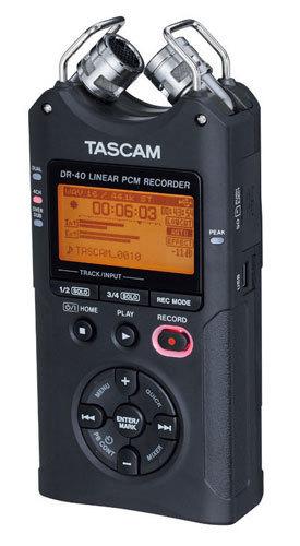 Tascam-DR-40-02.jpg
