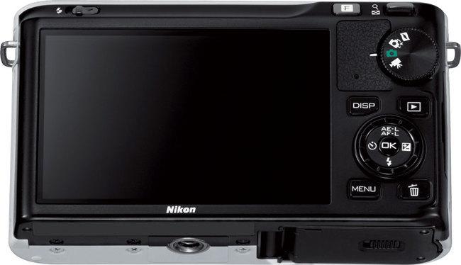 Nikon_1_J1_8.jpg