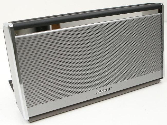 bose soundlink enceinte nomade de luxe 1 272 grammes. Black Bedroom Furniture Sets. Home Design Ideas