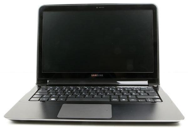 Samsung_X900_2.jpg