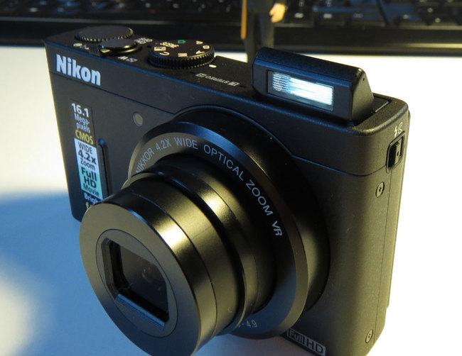 Nikon_P310_flash.jpg
