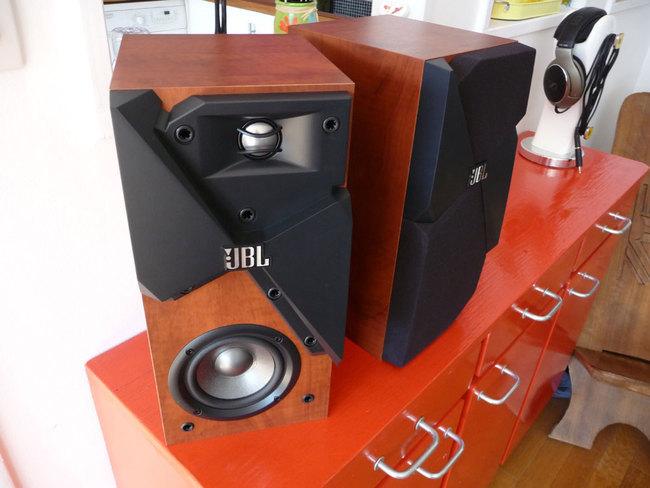JBL-Studio130-2.jpg