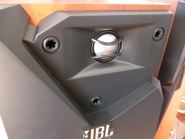 JBL-Studio130-5.jpg