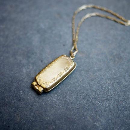 USB-Locket-mini-02.jpg