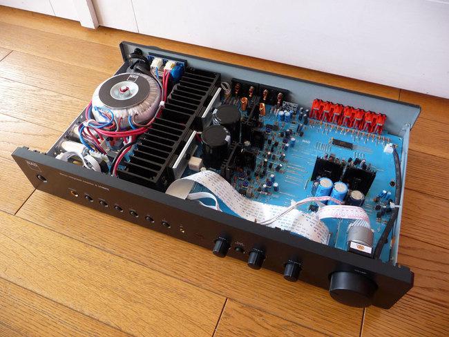 NAD-ampli-P1140879_3.jpg