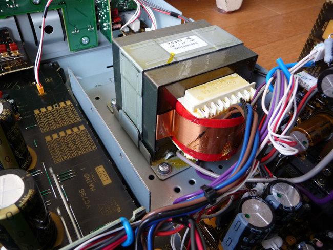 Yamaha-ampli-P1140800_12.jpg