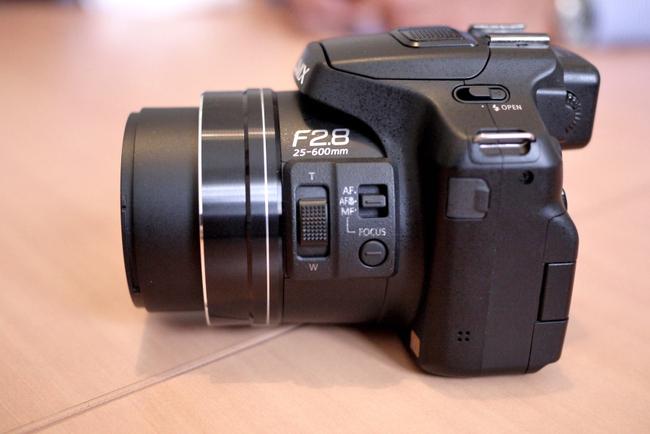 FZ200_04.JPG