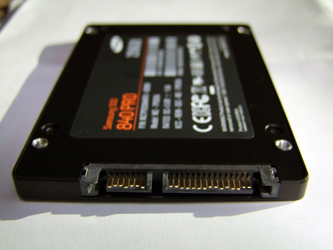 Samsung-SSD-840-02.jpg