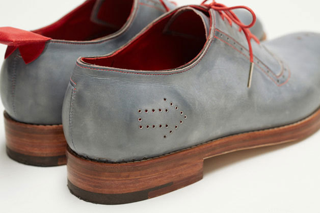 GPS-Shoes-03.jpg