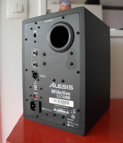 Alesis-SAM_6845.jpg