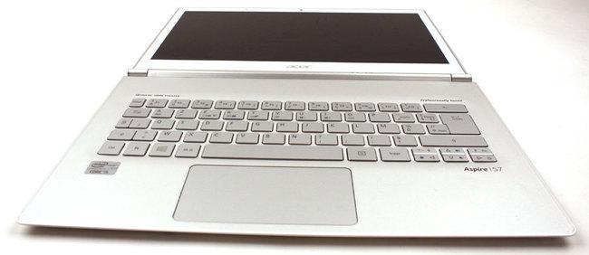 Acer_S7-02.jpg