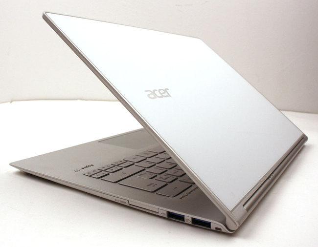 Acer_S7-07.jpg