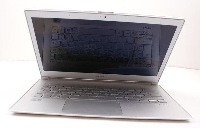 Acer_S7-19.jpg