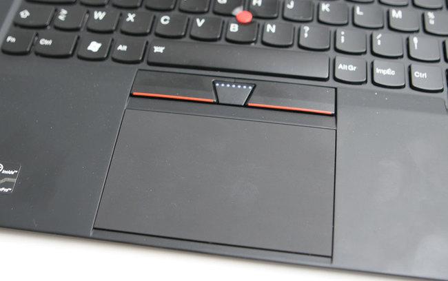 Lenovo-X1-Carbon-11.jpg