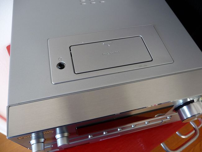 Panasonic-PMCX5-09.jpg