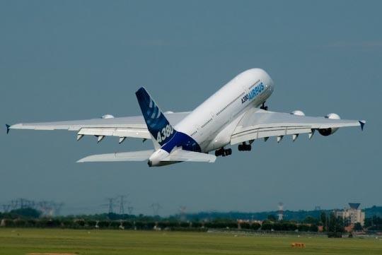 a-380-au-decollage.jpg