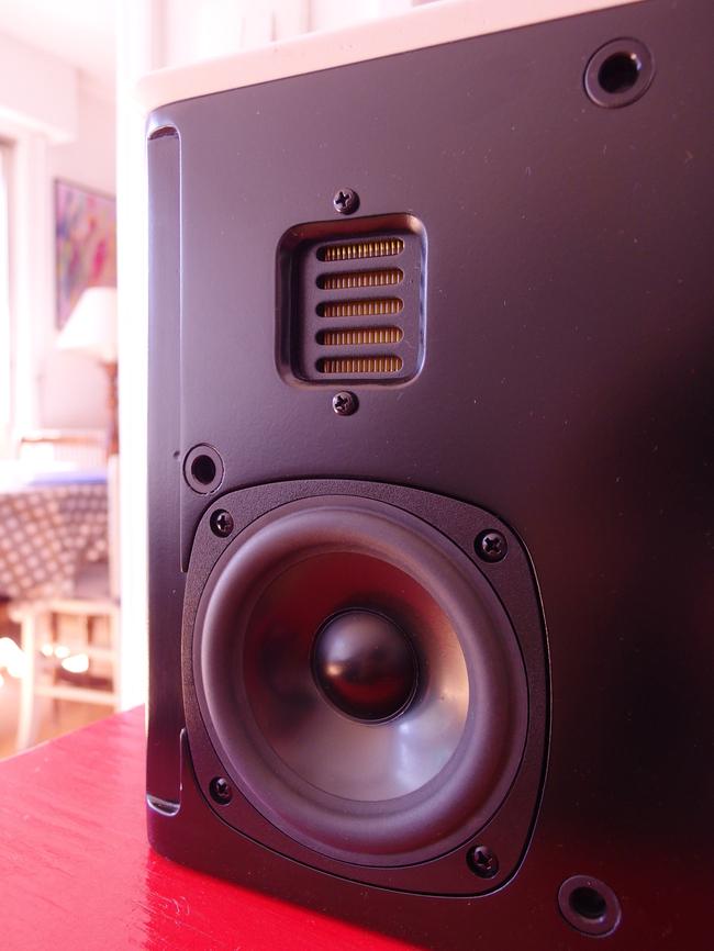 Libratone-Lounge-StP-1-07.jpg