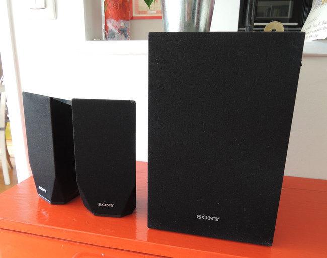 Sony-BDV-EF110004.jpg