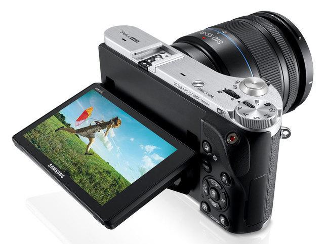 NX300-03.jpg