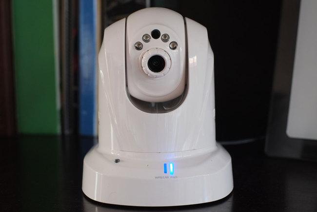 trendnet tv ip851wic surveillance mobile sur smartphone ere num rique. Black Bedroom Furniture Sets. Home Design Ideas