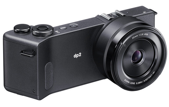 pphoto_dp2_Quattro_3DFace.jpg
