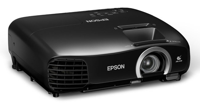 Epson_EH-TW5200-05.jpg