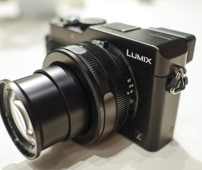 LX100-01.jpg