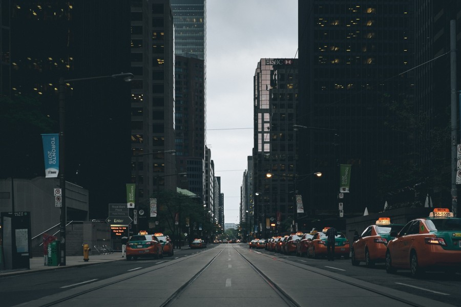 street-scene-863440_1920
