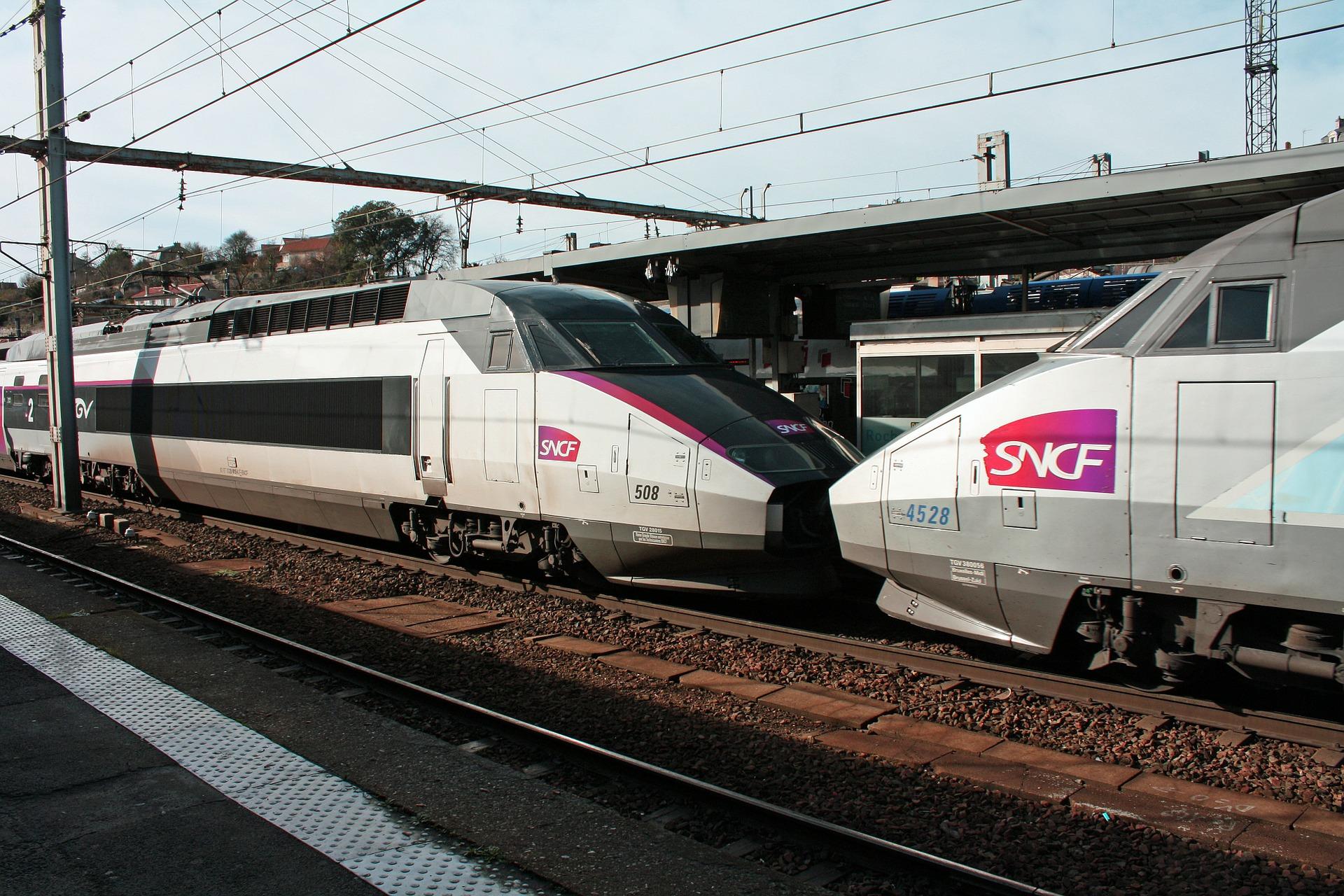 tgv-trains-258285_1920