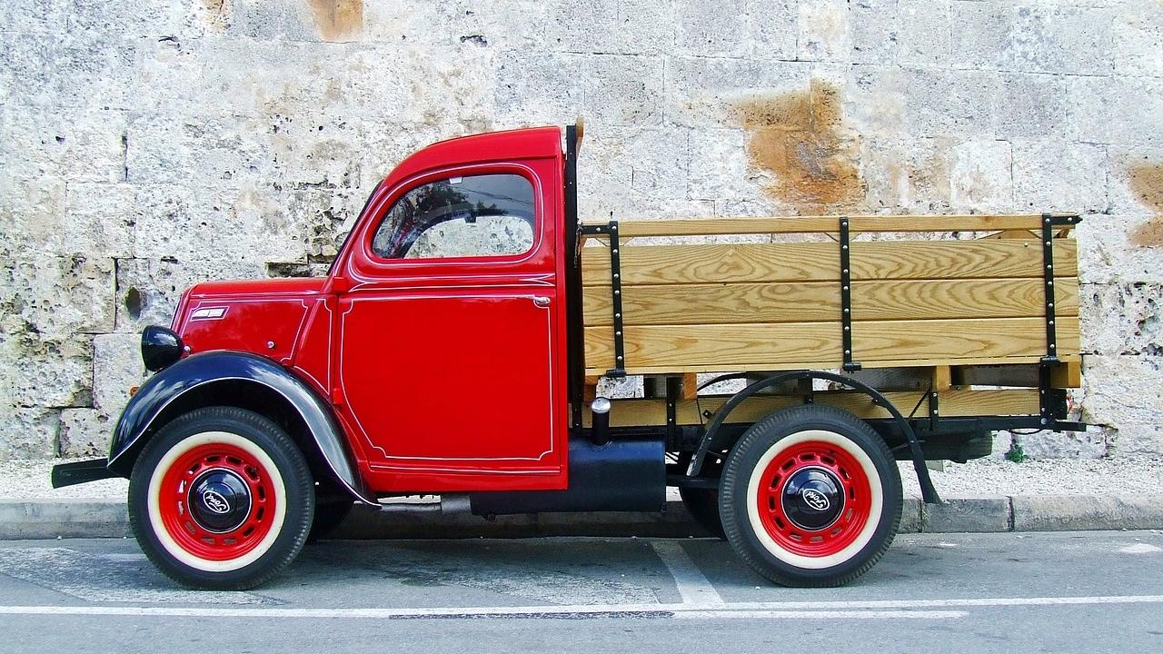 truck-1042600_1280