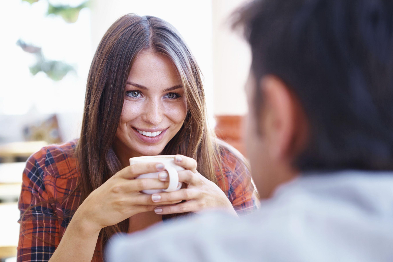 Faire le premier pas sur un site de rencontre