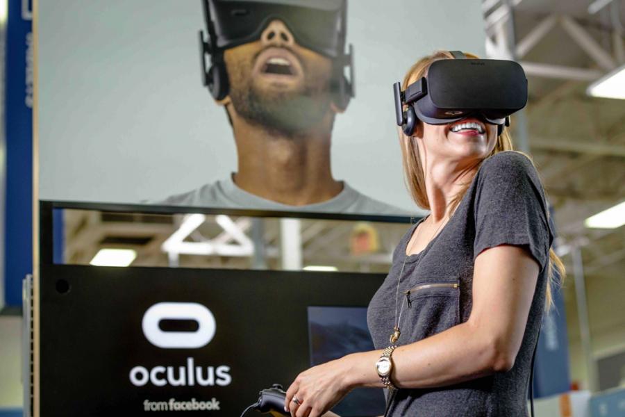 oculus rift femme