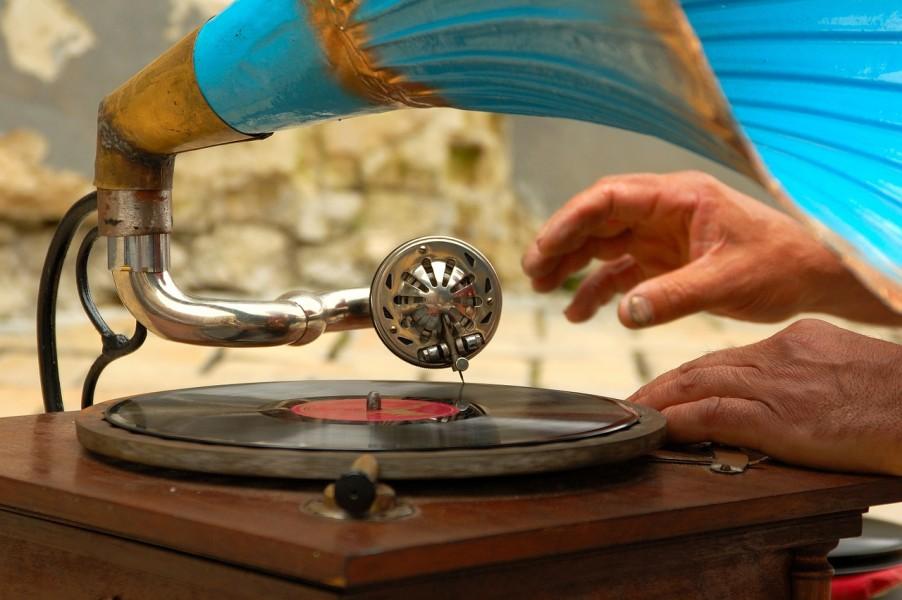 gramophone-758108_1280