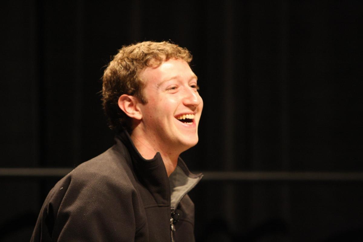"""Facebook : des """"Gangsters numériques"""", vraiment ?"""