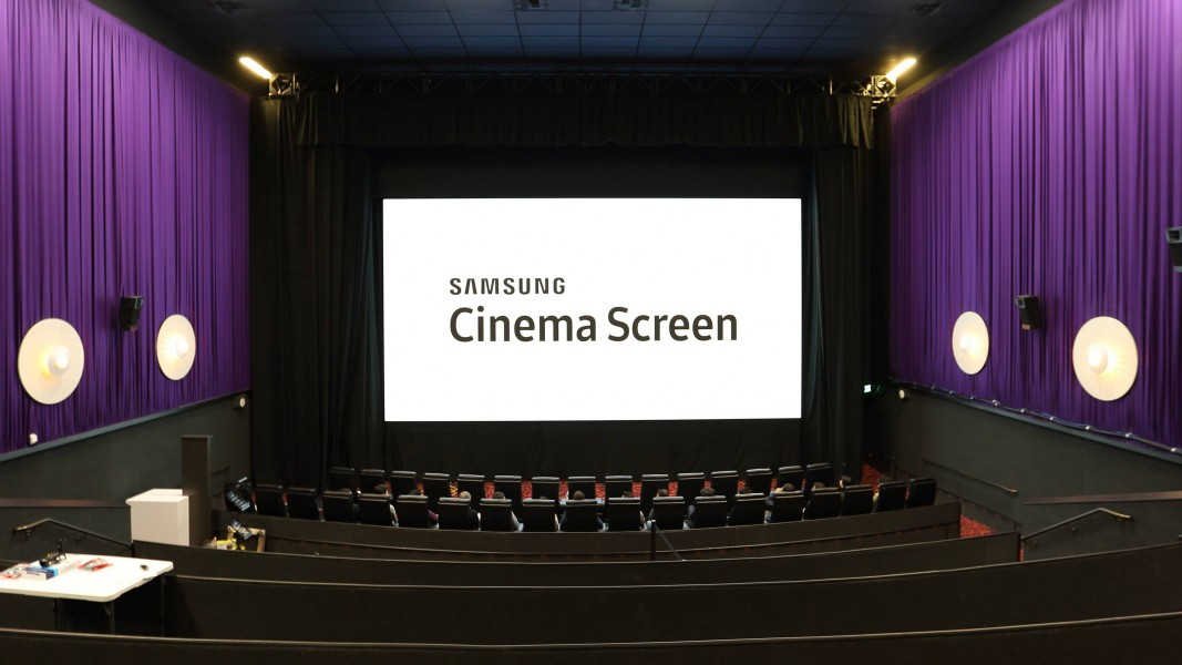 cinema screen le nouvel grand cran de samsung ere num rique. Black Bedroom Furniture Sets. Home Design Ideas