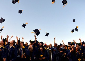 Etudiants diplômés