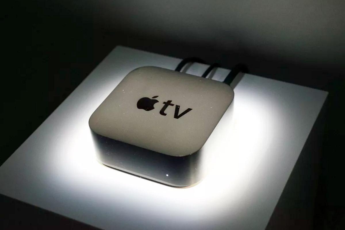 Un iPhone OLED de plus de 6 pouces l'année prochaine — Apple