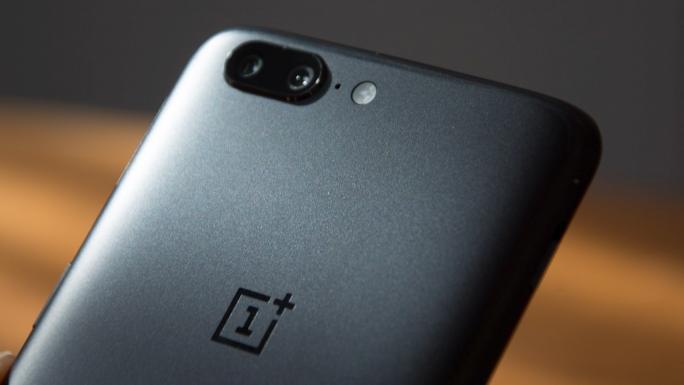 OnePlus 5 - AnTuTu donne son top 10 des smartphones les plus performants du mois d'août