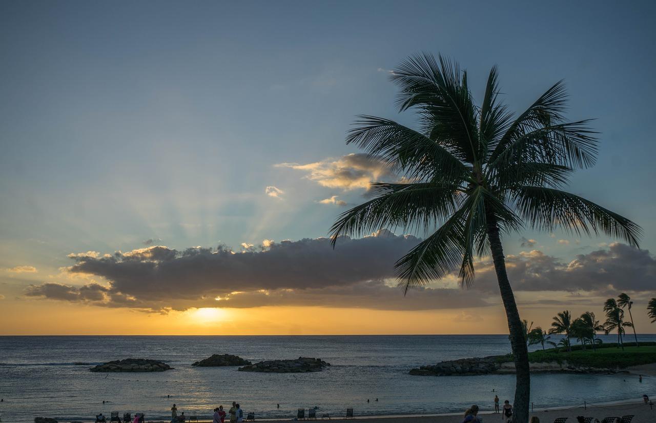 Vague de panique après une fausse alerte au missile balistique — Hawaï