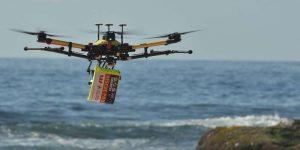 Drone sauve deux nageurs