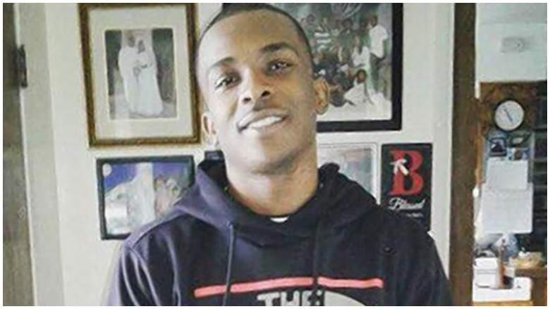 """Un homme noir """"armé"""" d'un iPhone abattu par la police américaine"""