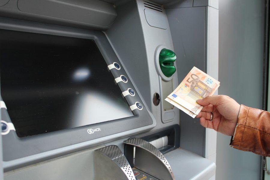 Un hacker pirate un DAB et dérobe (temporairement) plus de 21 000 euros